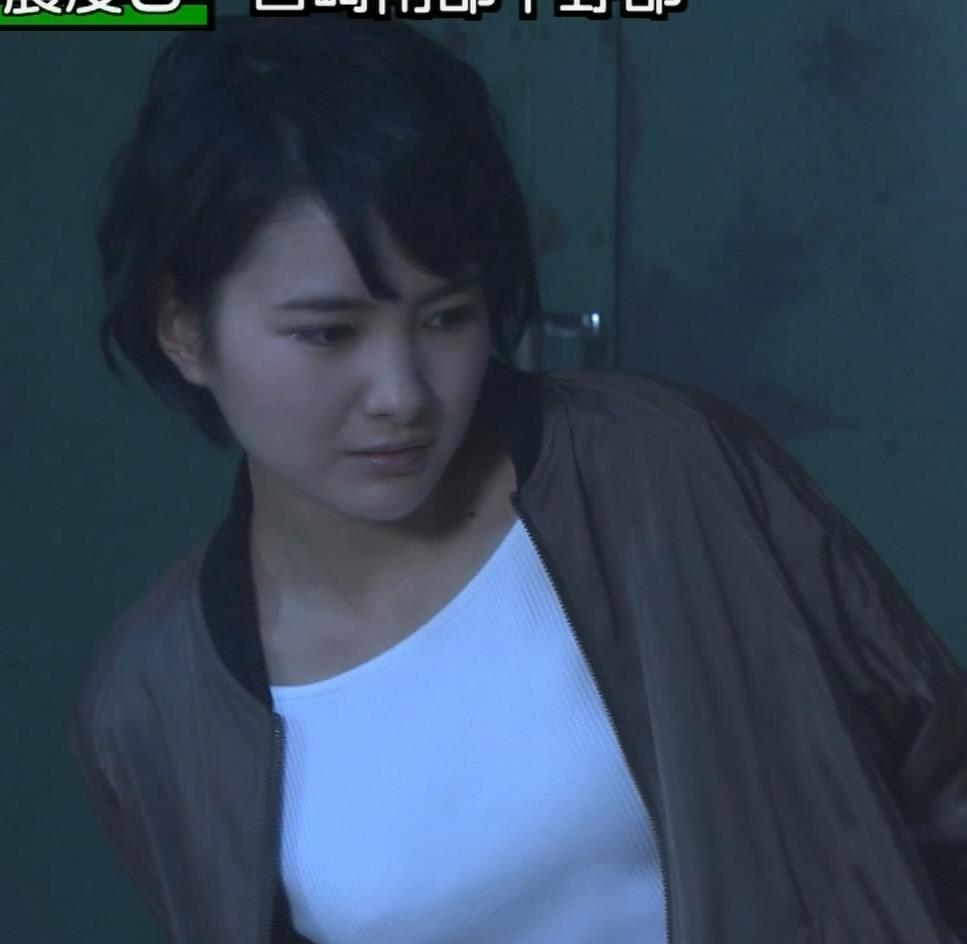 葵わかな 白ニットの胸のふくらみ【若手女優】