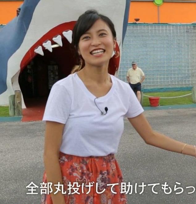 小島瑠璃子 横乳画像3