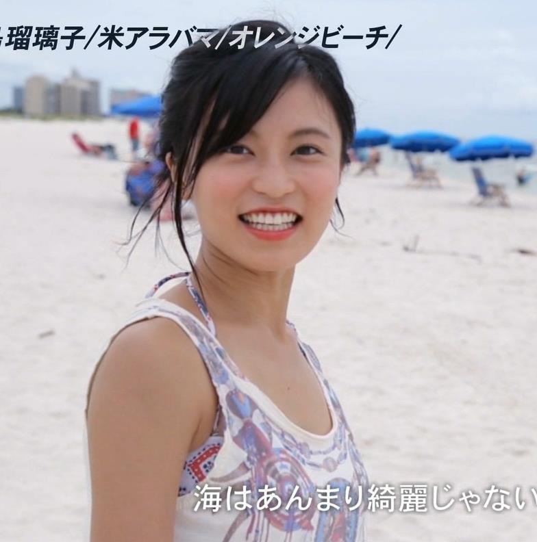 小島瑠璃子 横乳画像10