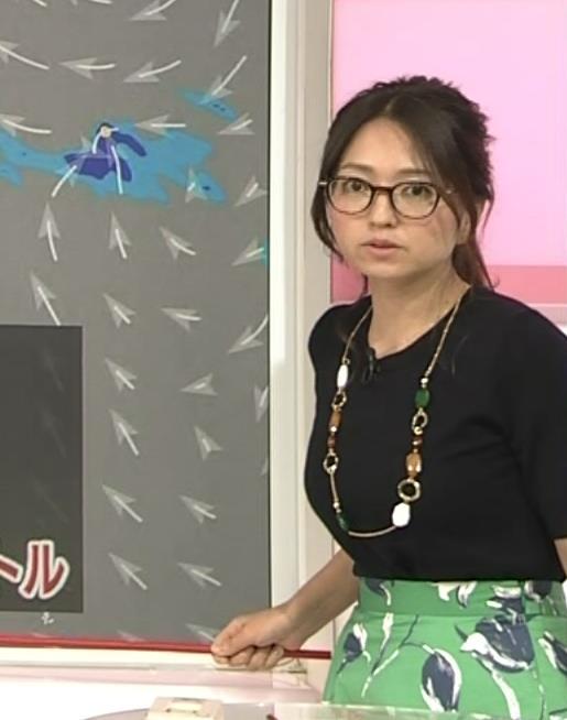 福岡良子 横乳画像6