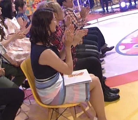 杉浦友紀 太もも画像8