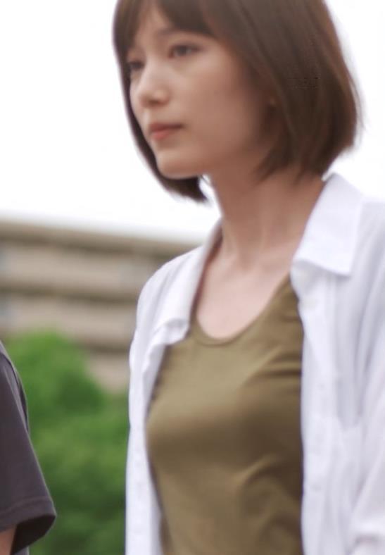 本田翼 おっぱい画像5