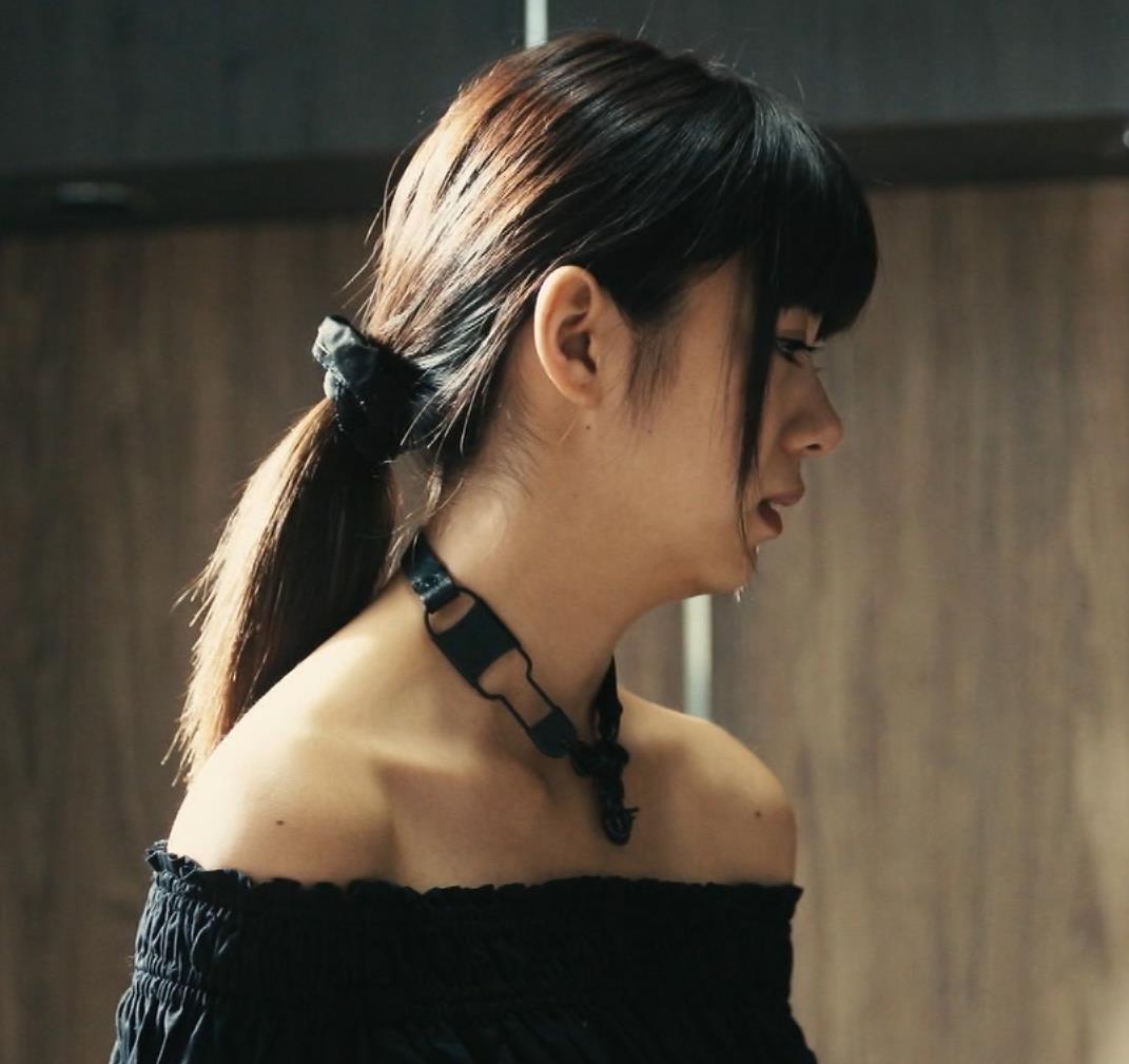 池田エライザ 横乳画像8