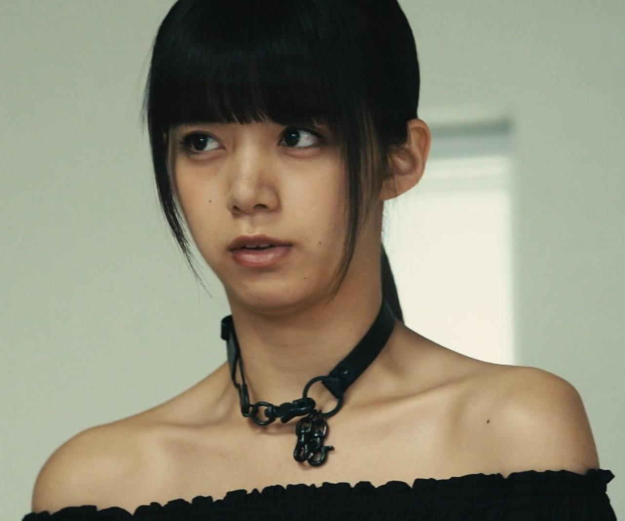 池田エライザ 横乳画像9