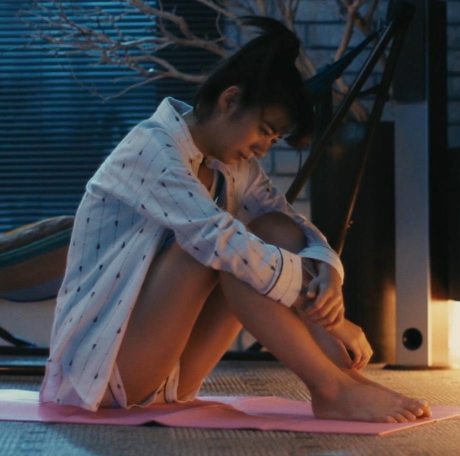 池田エライザ 横乳画像10