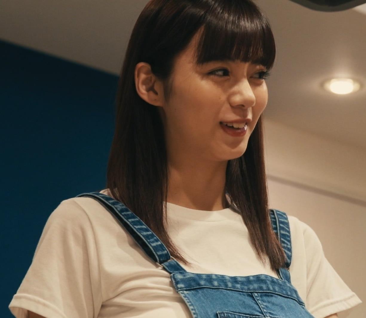 池田エライザ 横乳画像12