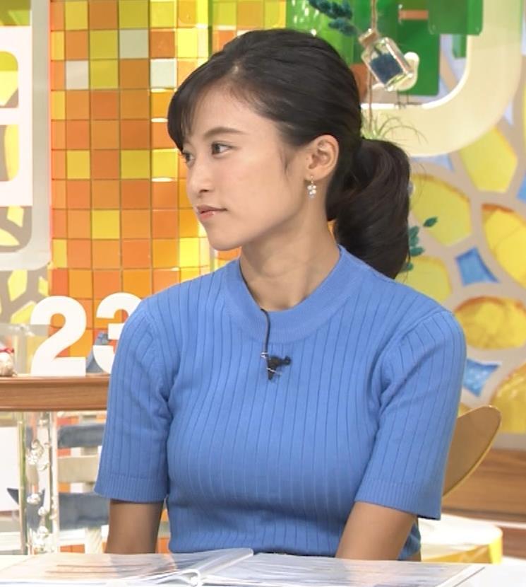 小島瑠璃子 巨乳が目立つニットキャプ画像(エロ・アイコラ画像)