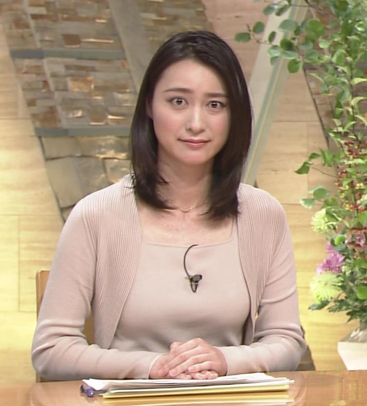小川彩佳 おっぱい画像2