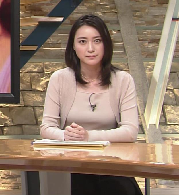 小川彩佳 おっぱい画像6