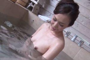 【無修正】30代エロい人妻と不倫温泉旅行でハメ狂う無修正エロ動画