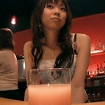 13歳の中1少女を働かせていた大阪ミナミのガールズバー摘発