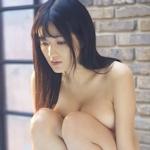 葉加瀬マイ セクシーセミヌード画像