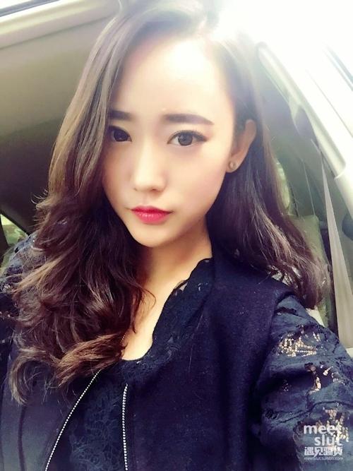 スレンダーなアジアン素人美女の流出ヌード画像 1