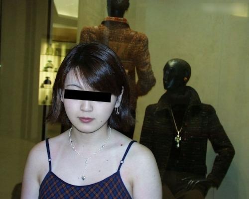 日本の素人美女の流出ヌード画像 1
