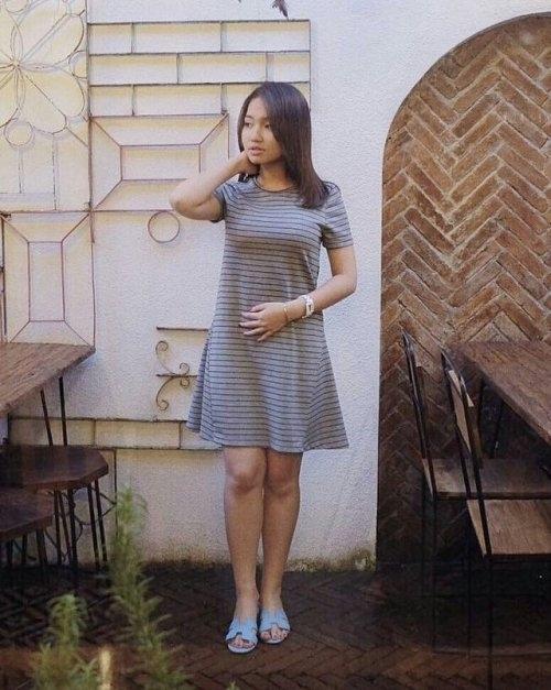 巨乳なアジアン美女の自分撮りヌード画像 1