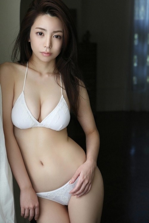 仲村美海 セクシーグラビア画像 6