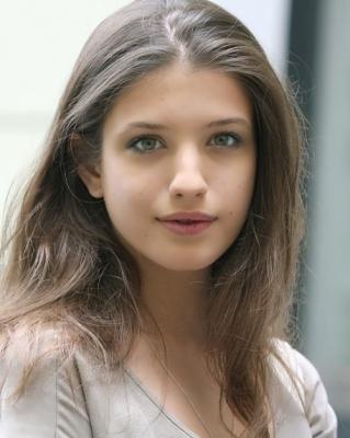 Anna-Chipovskaya-291023 (1)