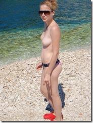 nudist-290813 (1)