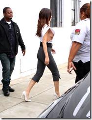 Selena-Gome-290609 (3)