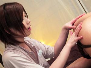 奥田咲 Hカップ美人エステティシャンがアナルに指を挿れ金玉チンポを舐めまわすのでローションSEXで応酬!