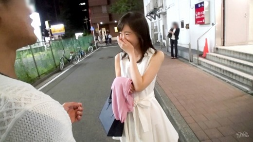安達ひかり 画像 13
