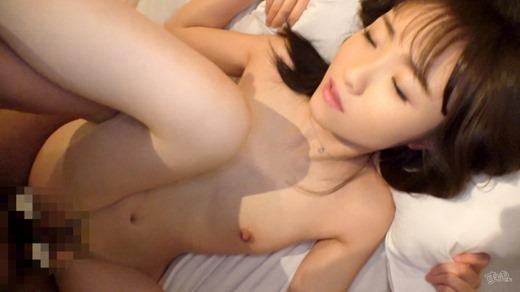 安達ひかり 画像 23