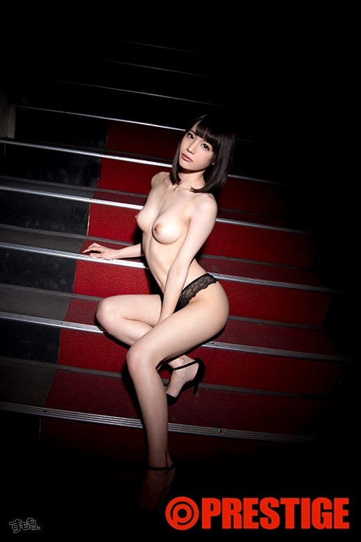 鈴村あいり 画像 11
