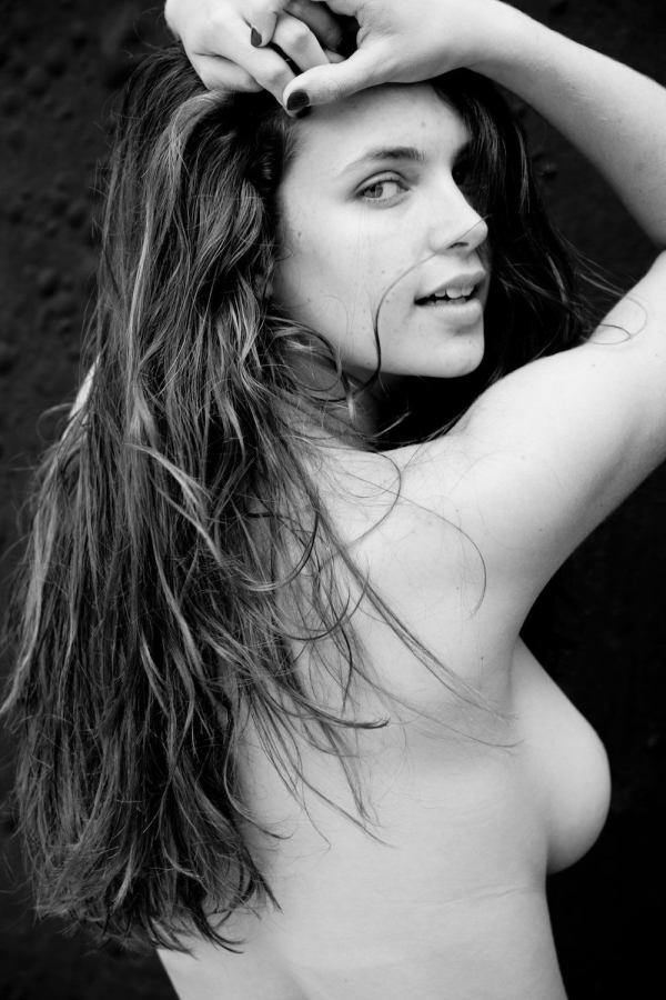 Kathleen-Sorbara-Topless (5)