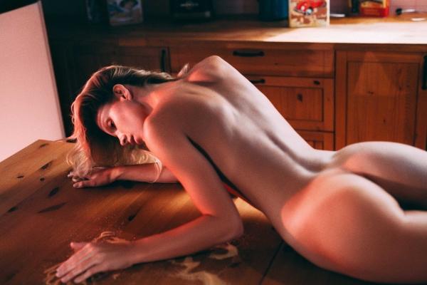 Angela-Olszewska-Nude (3)